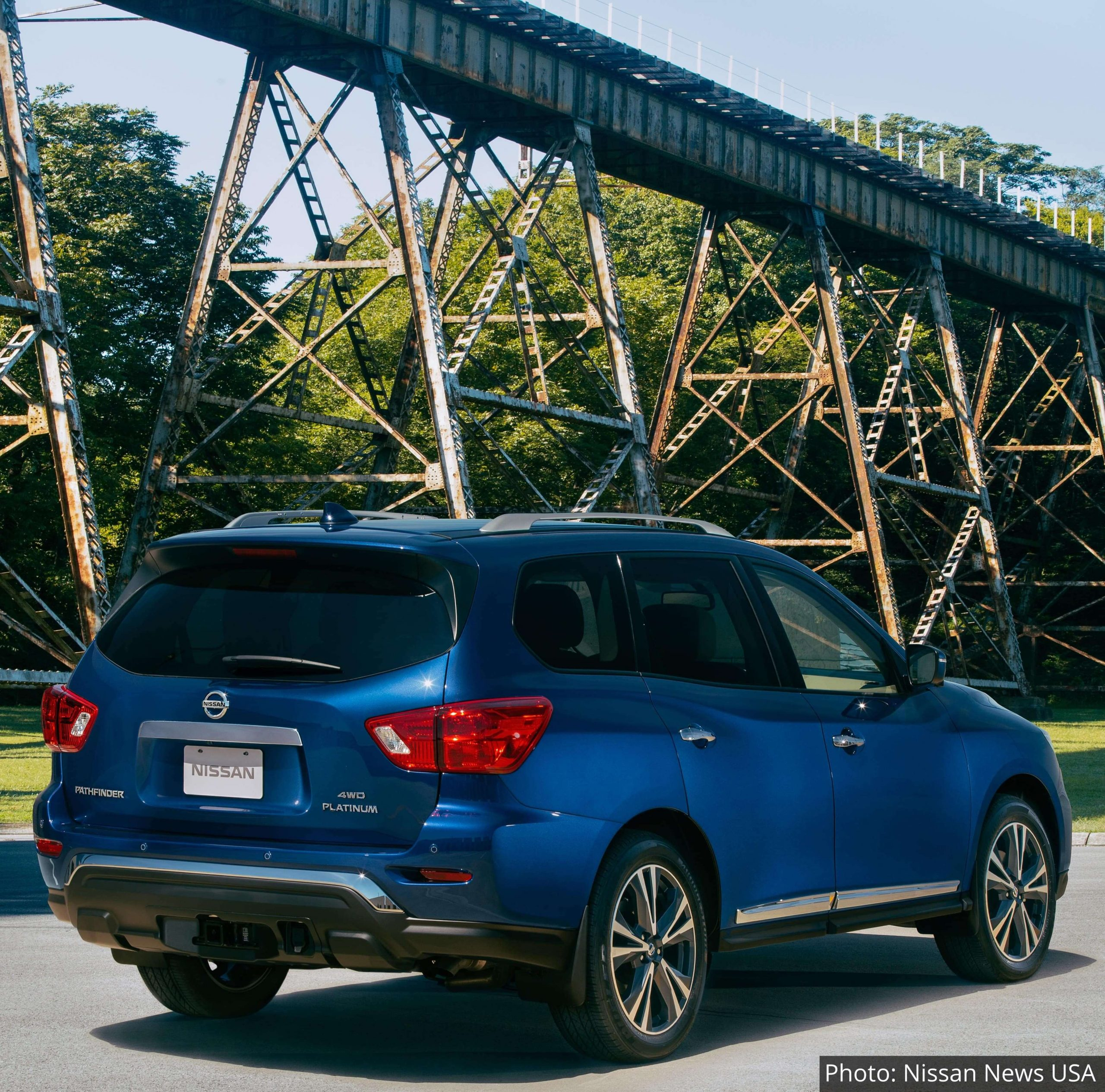 2020-Nissan-Pathfinder