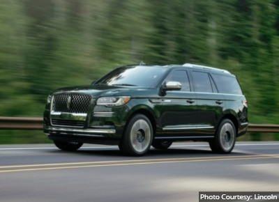 Lincoln-Navigator-Alternatives-to-Cadillac-Escalade