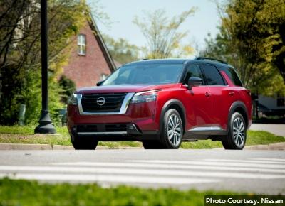 Nissan-Pathfinder-Alternatives-to-the-Toyota-4Runner