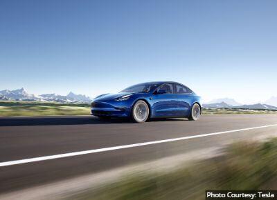 Tesla Model3 AWD Sedan